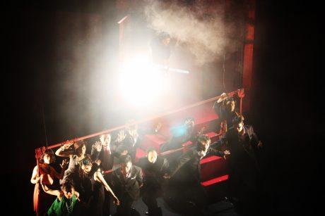 舞台写真_猿とドレスc