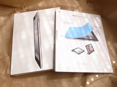 iPad2 実機レビュー その1 「素晴らしいフォルムとフロフタ」 【増田(@maskin)真樹】