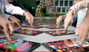 マイクロソフト「Surface」価格流出?、同日公開のCM動画がやばい、  【増田 @maskin】