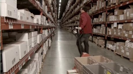 動画必見→Amazonが買収した配送センターをロボット化する企業Kivaがすごい 【増田(@maskin)真樹】