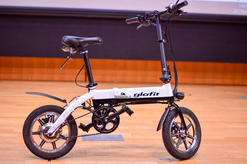 クラウドファンディング日本一 glafit「smartBIKE GFR-01」がスーパーオートバックスにて先行販売