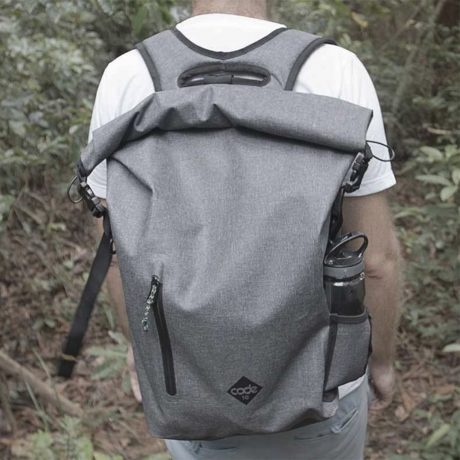 日本で1700人以上から2500万円超の支援を受けたCode10バッグの第二弾が始動