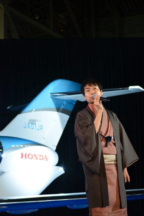 第1号オーナーは千葉功太郎氏、ホンダジェット国内展開開始
