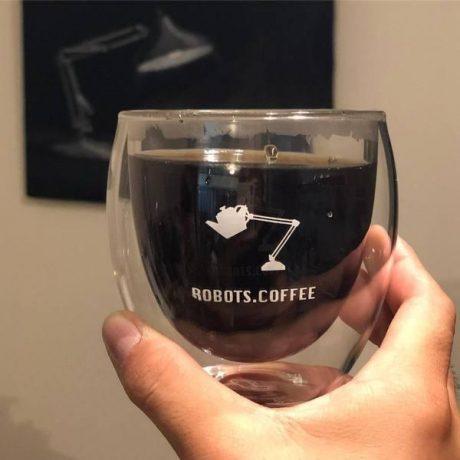 ロボットコーヒー店オープン、その味は?