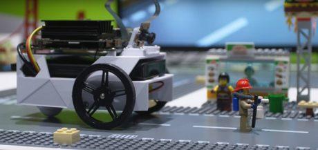 99 ドルのAIで動く自律型ロボットカー、宇都宮大学が世界に先駆け教材として導入